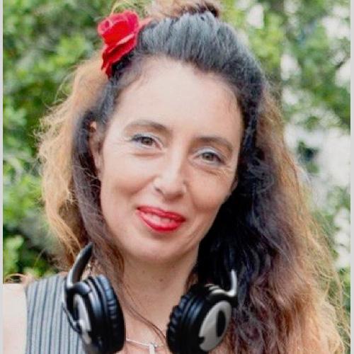 VIRGINIE K FRENCH Voiceover Artist
